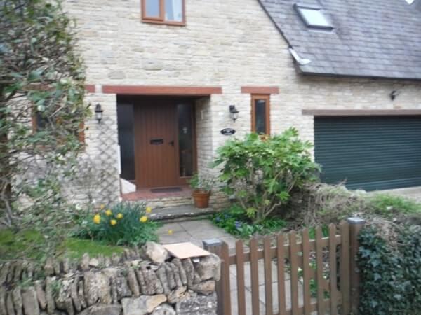 Park Lane Cottage - front door